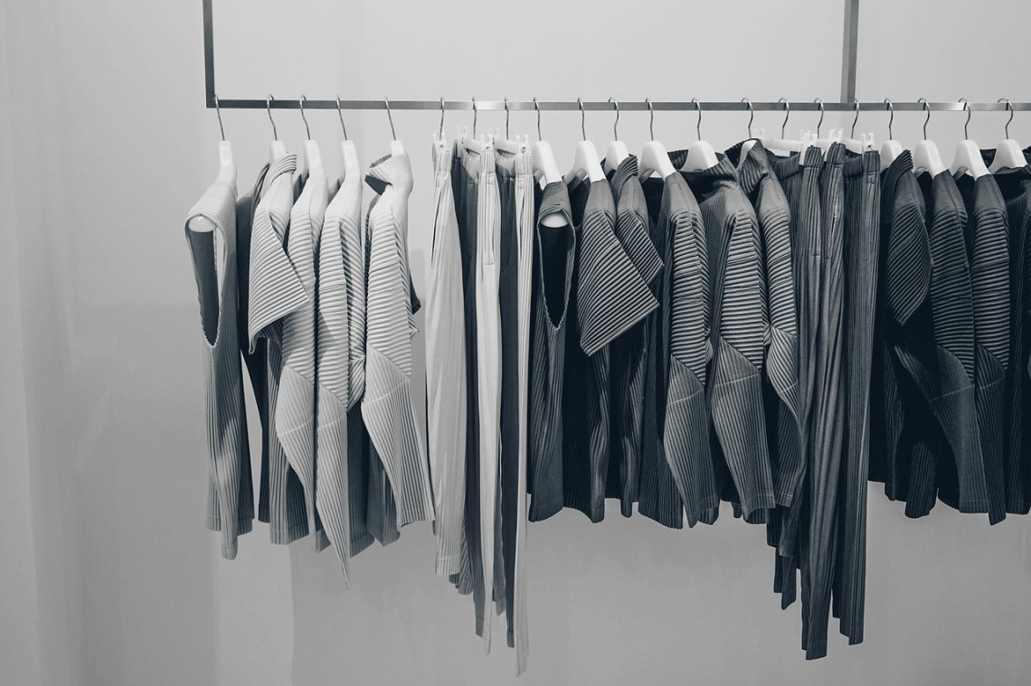 blouse-2597205_1280