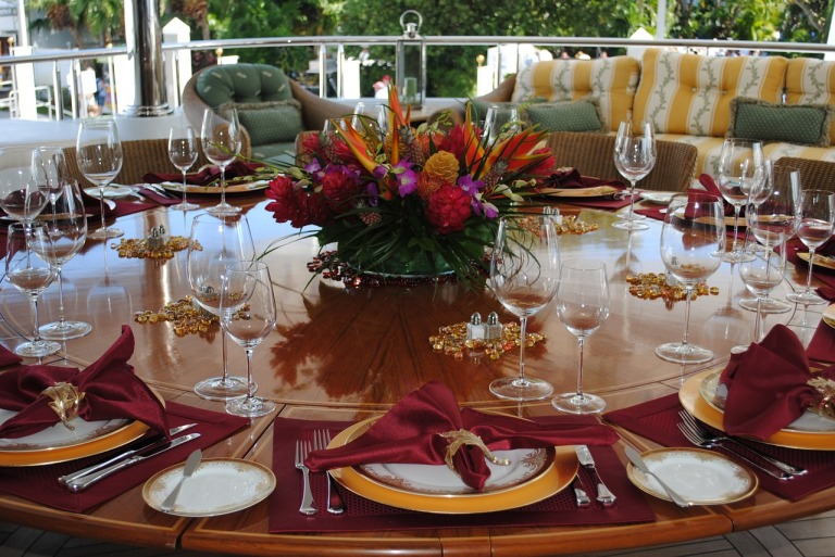 table-setting-1170331_1280